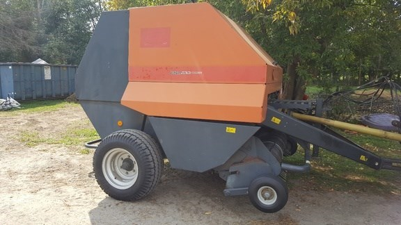 2000 Vicon rf122 Baler-Round For Sale