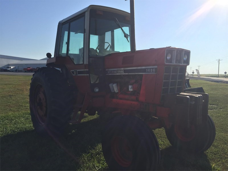 International 1486 Tractor For Sale