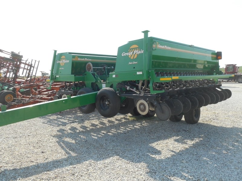 Great Plains 2600-26 Grain Drill For Sale