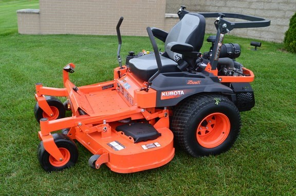 2017 Kubota Z726XKW-60 Riding Mower For Sale