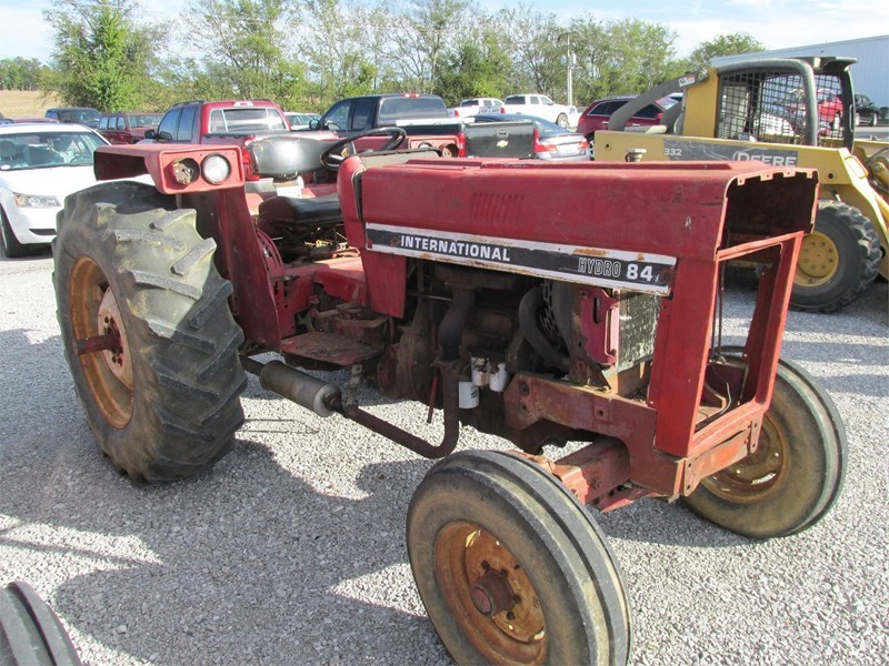 1983 International 84 HYDRO Tractor For Sale