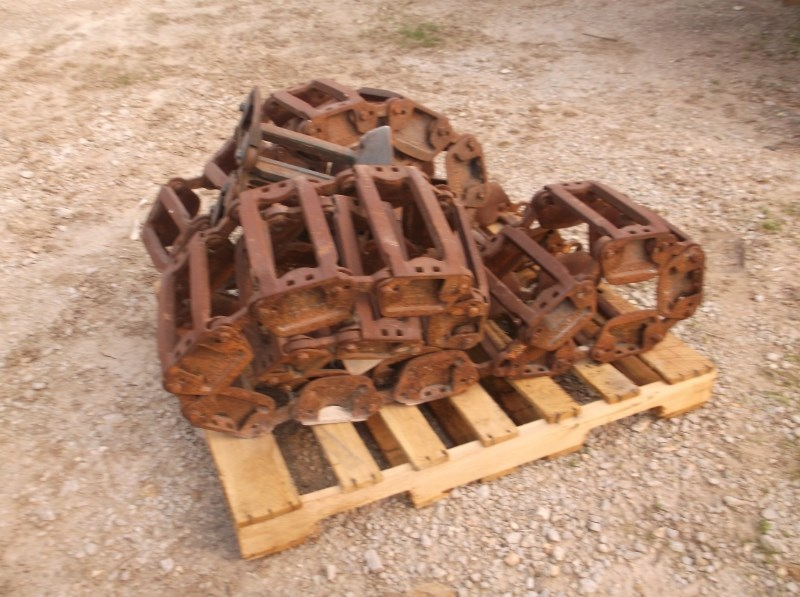 Grouser CAST TRACKS Tracks For Sale