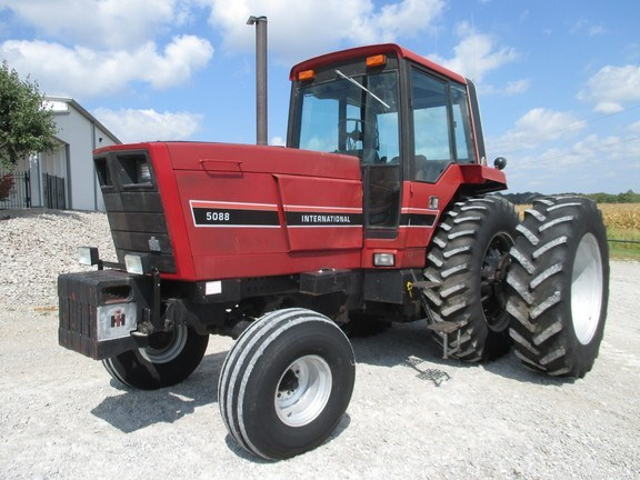 1981 International Harvester 5088 Tractor For Sale