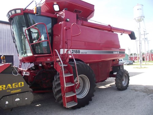 Combine For Sale:  1995 Case IH 2188