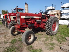 Tractor For Sale International 856