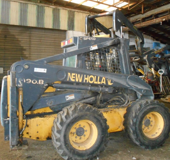 2005 New Holland LS190.B Skid Steer For Sale