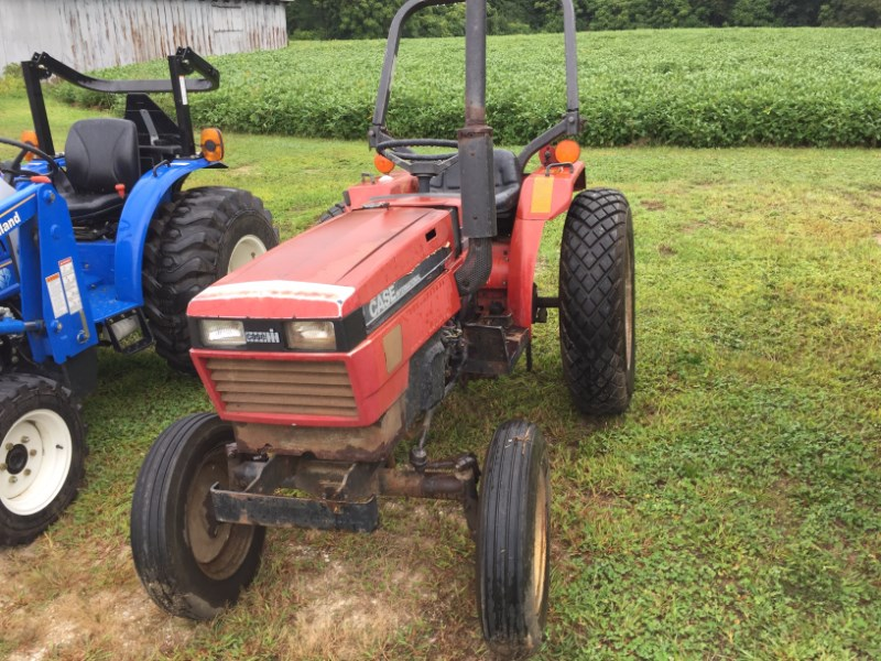 1986 Case IH 245 Tractor - Compact For Sale