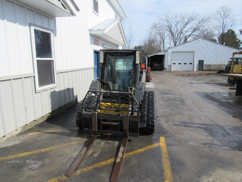 New Holland C175 Skid Steer-Track For Sale