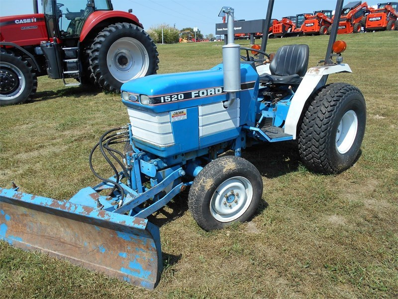 1990 Ford 1520 Tractor For Sale