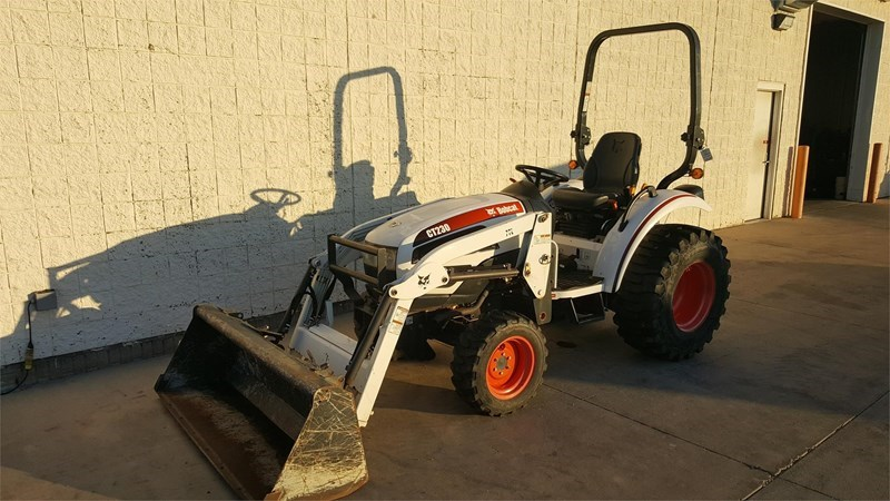 2009 Bobcat CT230 Tractor For Sale