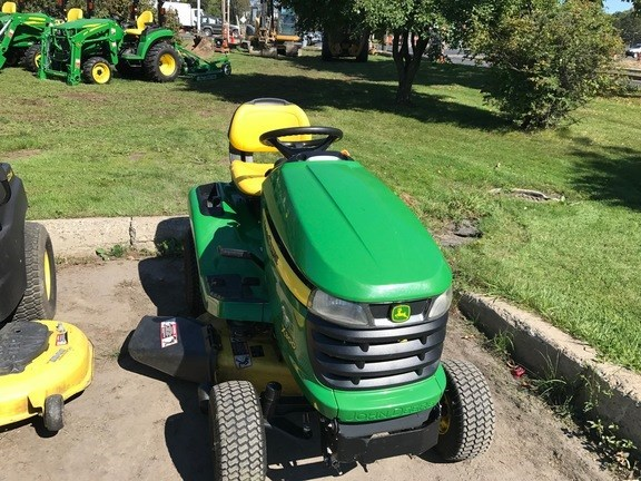 2009 John Deere X300 Riding Mower For Sale