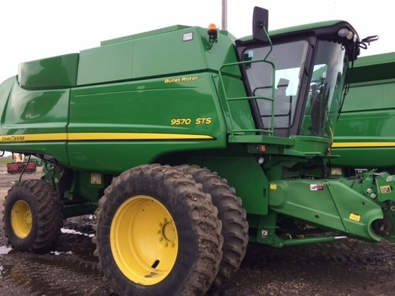 2010 John Deere 9570 STS Combine For Sale