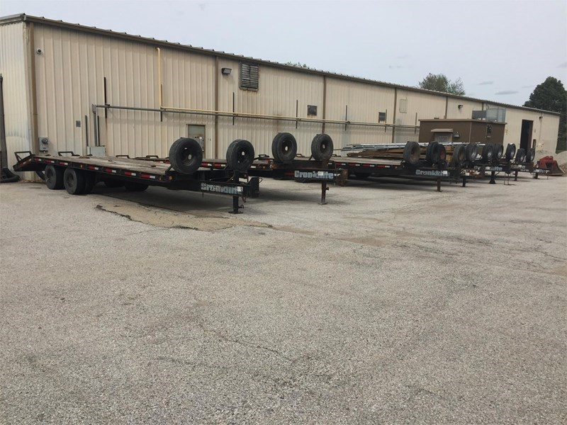 2000 Cronkhite  Equipment Trailer For Sale