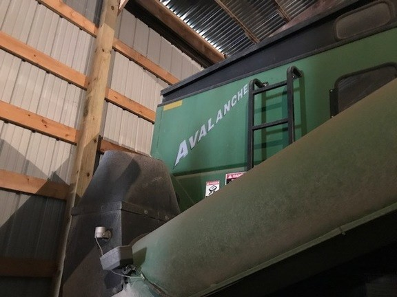 2004 Brent 1084 Grain Cart For Sale