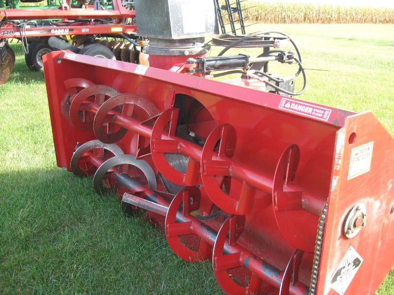 Red Devil 9664D Snow Blower For Sale