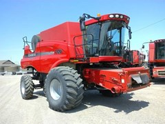 Combine For Sale 2011 Case IH 7120 , 360 HP