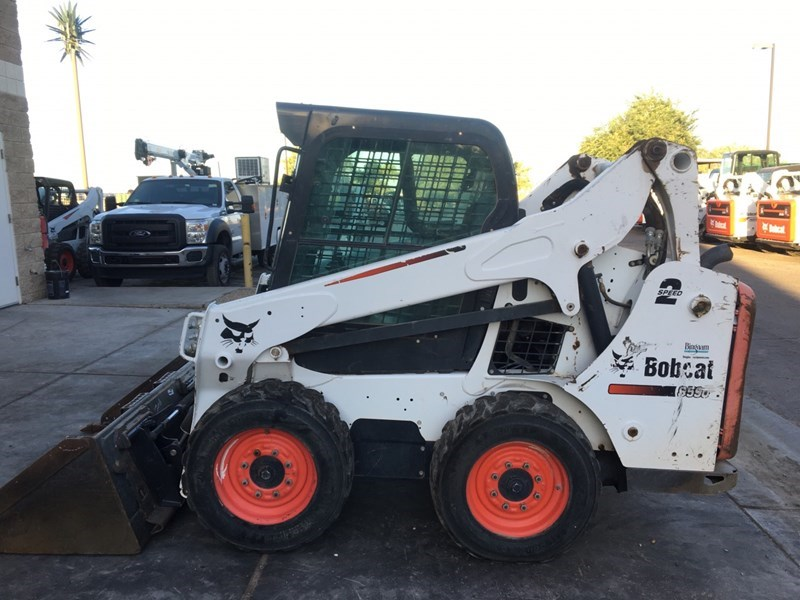Bobcat S590 T4 Skid Steer For Sale