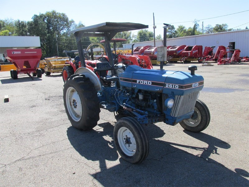 1983 Ford 2610 Tractor For Sale
