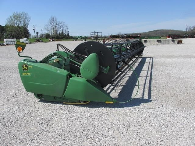 2013 John Deere 635FD Header/Platform For Sale
