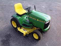 Riding Mower For Sale:  1997 John Deere GT275