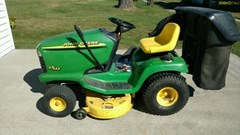 Riding Mower For Sale 2001 John Deere LT155 , 15 HP