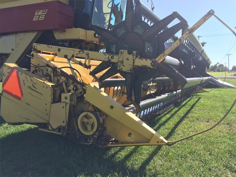 New Holland 973 Header/Platform For Sale