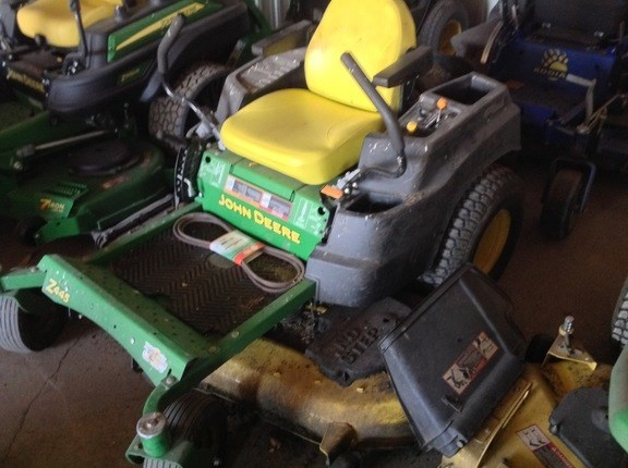 2013 John Deere Z445 Riding Mower For Sale