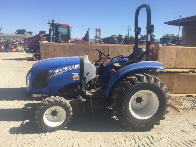 2014 New Holland BOOMER 37 Tractor For Sale