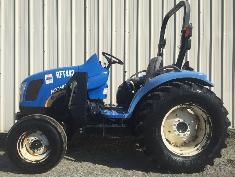 2009 New Holland 3040RA Tractor For Sale