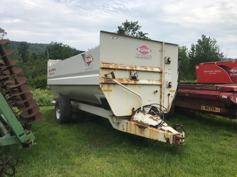 2012 Kuhn Knight RC270 Feeder Wagon-Power For Sale