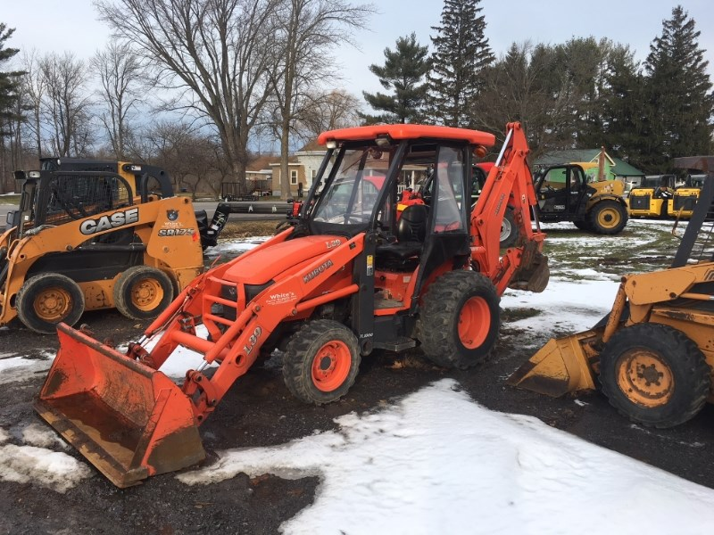 Kubota L39 T/L/B Tractor - Compact For Sale