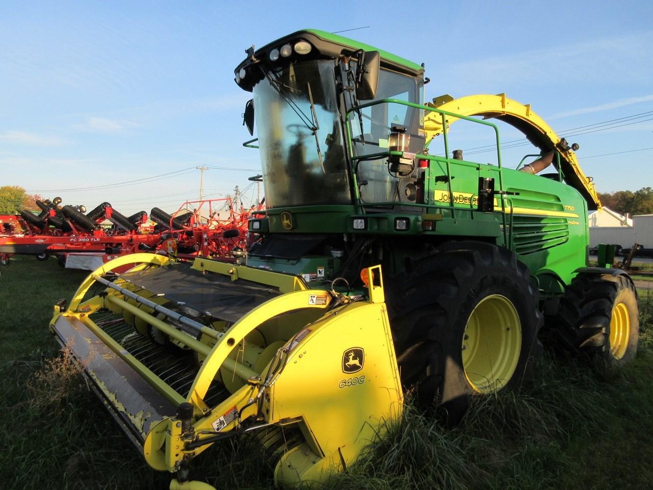 2011 John Deere 7750 Forage Harvester-Self Propelled For Sale