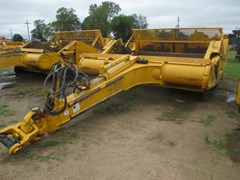 Scraper-Pull Type For Sale John Deere 2112E