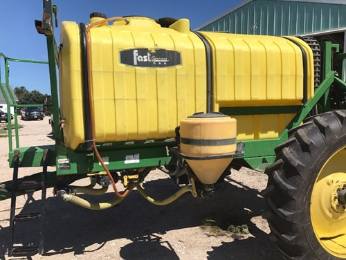 Sprayer-Pull Type For Sale:  2003 Fast 6420