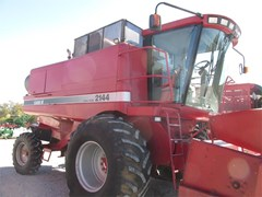 Combine For Sale 1997 Case IH 2144
