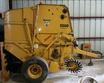 Baler-Round For Sale: 2004 Vermeer 5500 REBEL