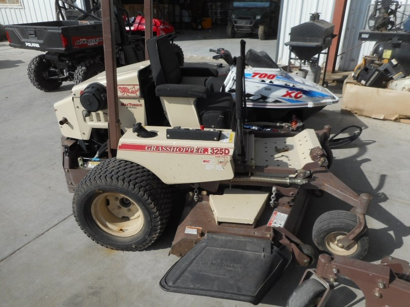 2011 Grasshopper 325 Zero Turn Mower For Sale