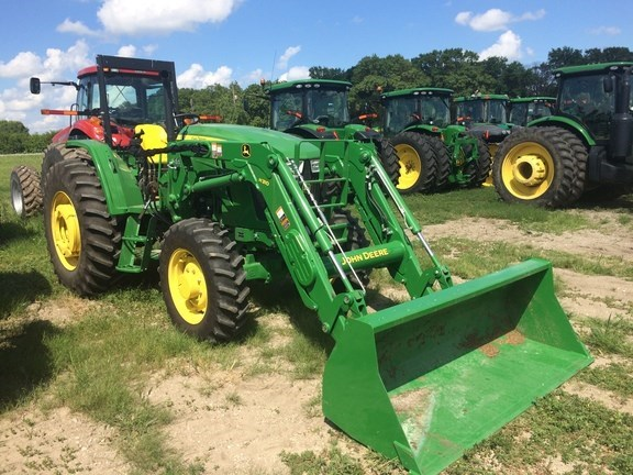 2015 John Deere 6105D Tractor For Sale
