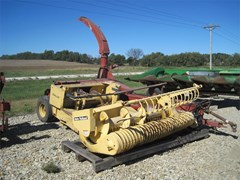 Forage Harvester-Pull Type For Sale 1994 New Holland 900