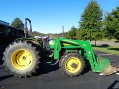 Tractor For Sale 2004 John Deere 5320 , 65 HP