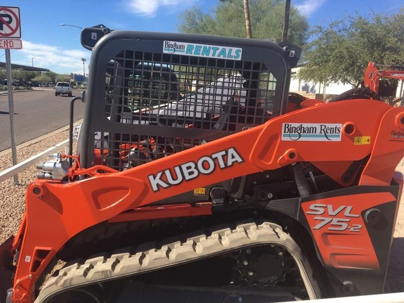 Kubota SVL75-2HF Skid Steer-Track