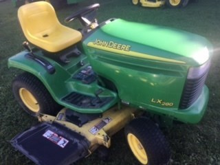 2005 John Deere LX280 Riding Mower For Sale