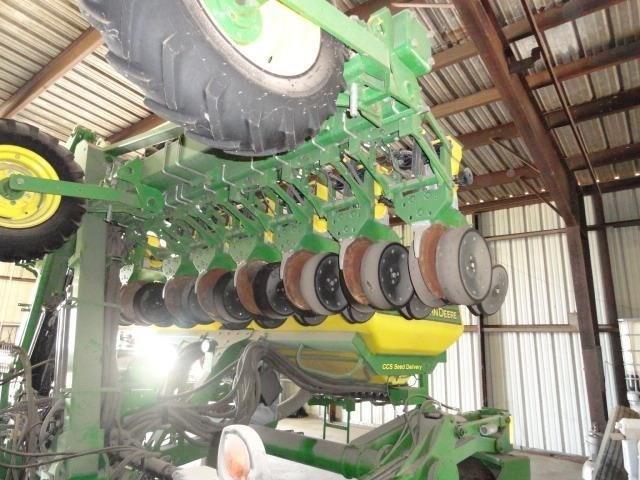2011 John Deere DR18 Planter For Sale
