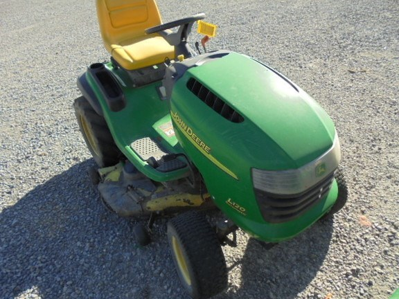 2005 John Deere L120 Riding Mower For Sale