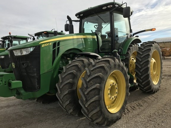 2014 John Deere 8320R Tractor For Sale
