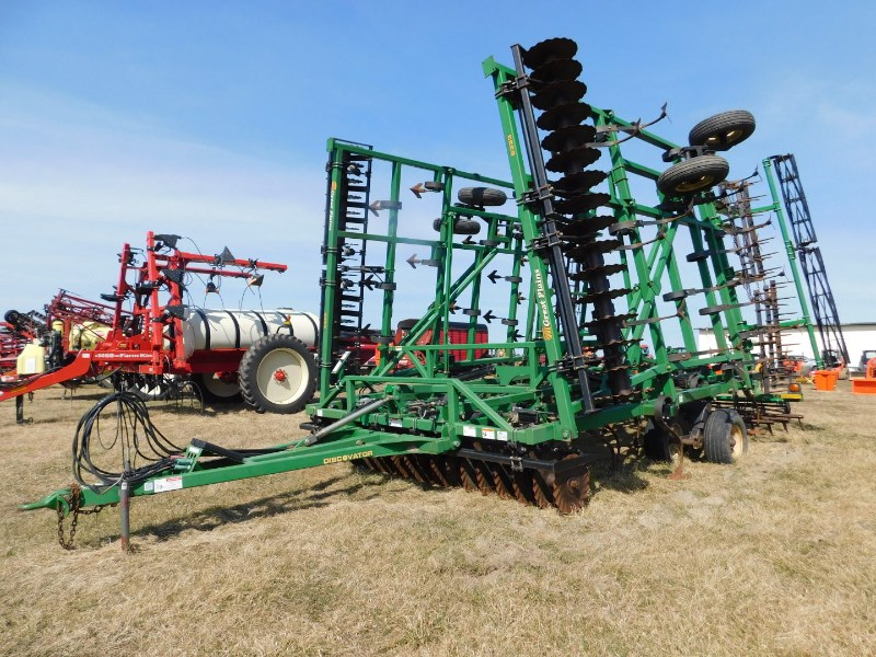 Great Plains 8333DV Field Cultivator For Sale