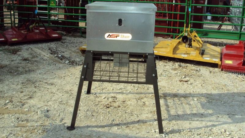 Other New 300lbs boxed broadcast stand & fill feeder Misc. Sport/Utility For Sale