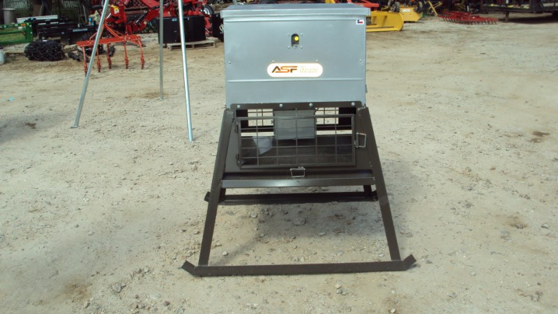 Other New  300lbs stand and fill feeder Misc. Sport/Utility For Sale