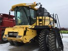 Combine For Sale:  2003 New Holland CR940A