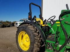 Tractor For Sale 2009 John Deere 5085M , 85 HP